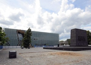 The Museum of the History of Polish Jews in Warsaw. PHOTO / Mamik via Wikimedia Commons.