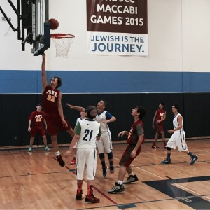 Cody Kaplan shoots a lay-up during Atlanta's run to the 14-and-under gold medal.
