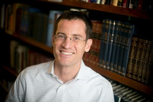 Rabbi Jonathan Crane, an Emory ethicist by day, leads the Atlanta Havurah service.