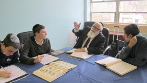 Rabbi Daniel Estreicher teaches a class at Atlanta Jewish Academy.