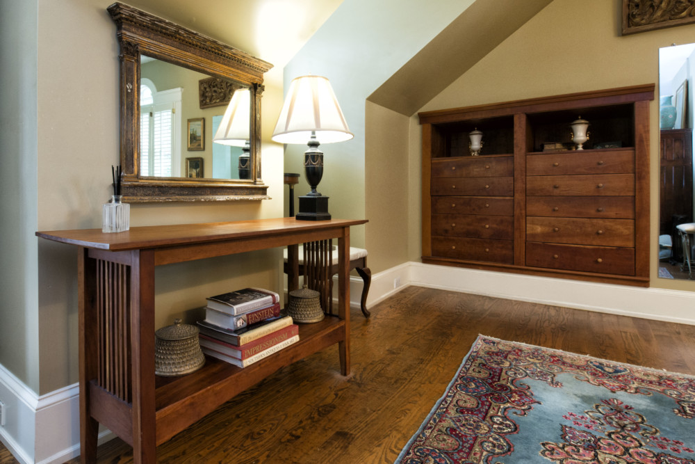 Making his own furniture enables Walt Myers to craft oddly shaped  cherrywood Shaker style built. Chai Style  Retired Dentist Drills in Classic Ansley Park Home