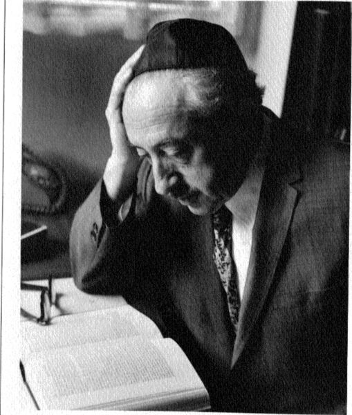 Rabbi Eliezer Berkivits (photo credit: CC BY-SA Brum Berkovits, Wikipedia)
