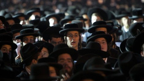 Thousands of haredim hold a prayer rally in Jerusalem's Shabbat Square in opposition of the government's plan to start drafting yeshiva students into military and national service (photo credit: Yonatan Sindel/Flash90)