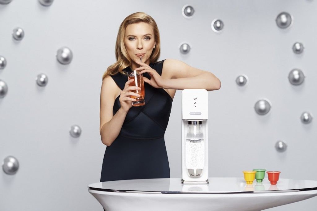 Scarlett-and-SodaStream-key-PR-visual