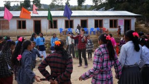 Volunteer working in Tevel youth program in Nepal