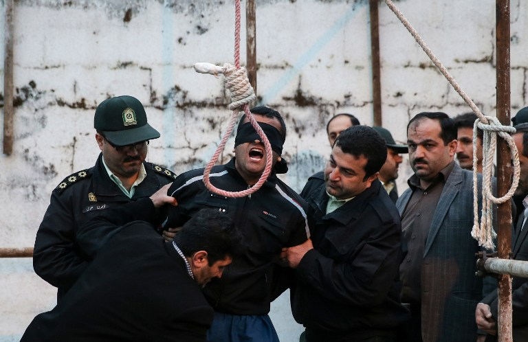 Balal Abdullah is brought to the gallows, April 15, 2014. (photo credit: AFP/Arash Khamooshi/ISNA)