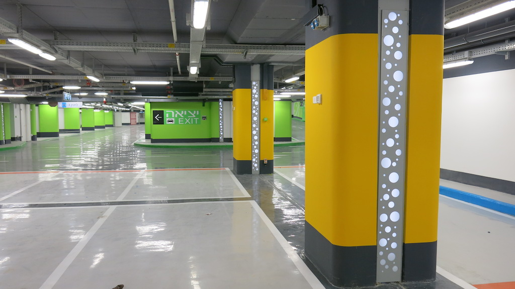 Each level is 200,000 square meters in area, color coded to define patients with different needs (Photo: courtesy Qanta Ahmed)