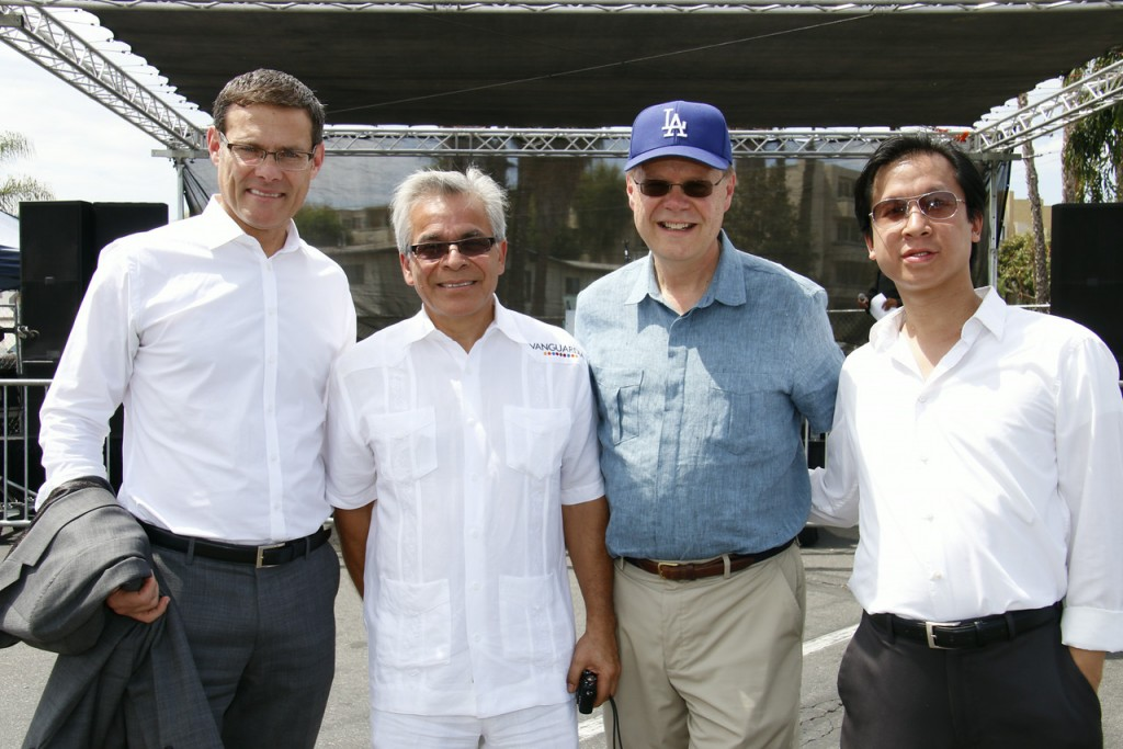 L-Israel Consul David Siegel, Panorama Mall owner Jose de Jesus Legaspi, Phil Carson propery manager, Joman Wong senior marketing manger Panorama Mall