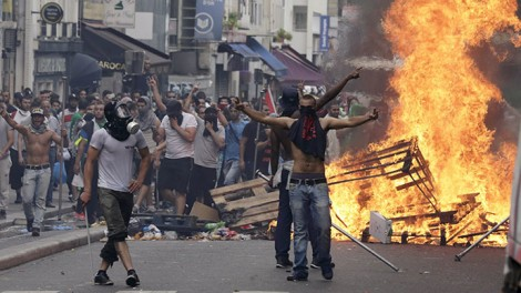 Protest in Paris, France - July 19th 2014 (RT Photo)