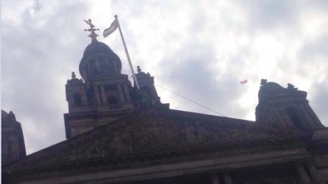 The flag of Palestine flying above Glasgow City Chambers  (photo credit: CC BY Gilah Samuels, via facebook)