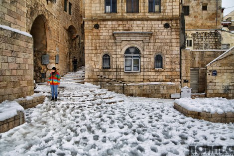 twenty photos of snowcovered jerusalem that will warm