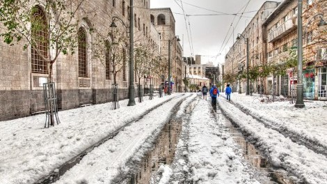snow-covered-jaffa-street-jerusalem