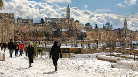 snowing-in-jerusalem-old-city