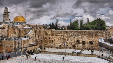 temple-mount-snow-storm