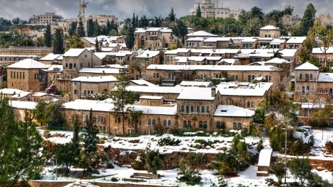 yemin-moshe-neighborhoof-snow