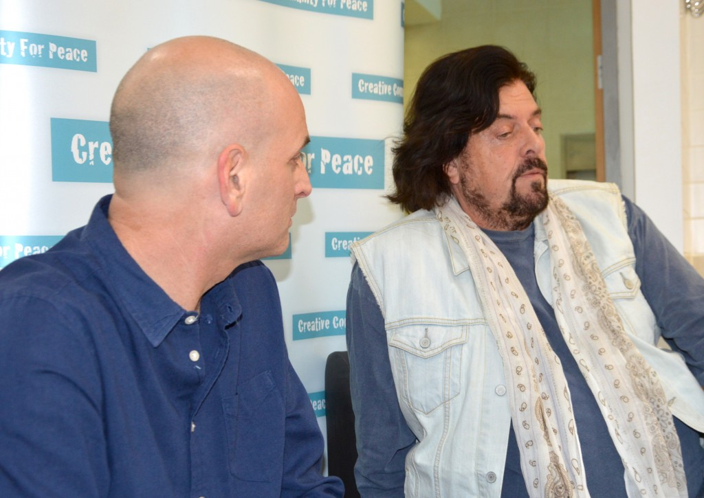Alan Parsons (right) and Guy Erez (left) sit down with CCFP before their February 10 concert in Tel Aviv