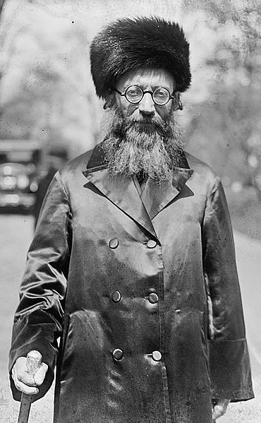 Rabbi Abraham Isaac Kook, 1924 (Photo credit: Public Domain via Wikipedia)