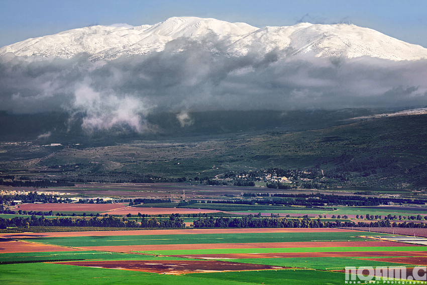 snowcapped-hermon-mountain-israel