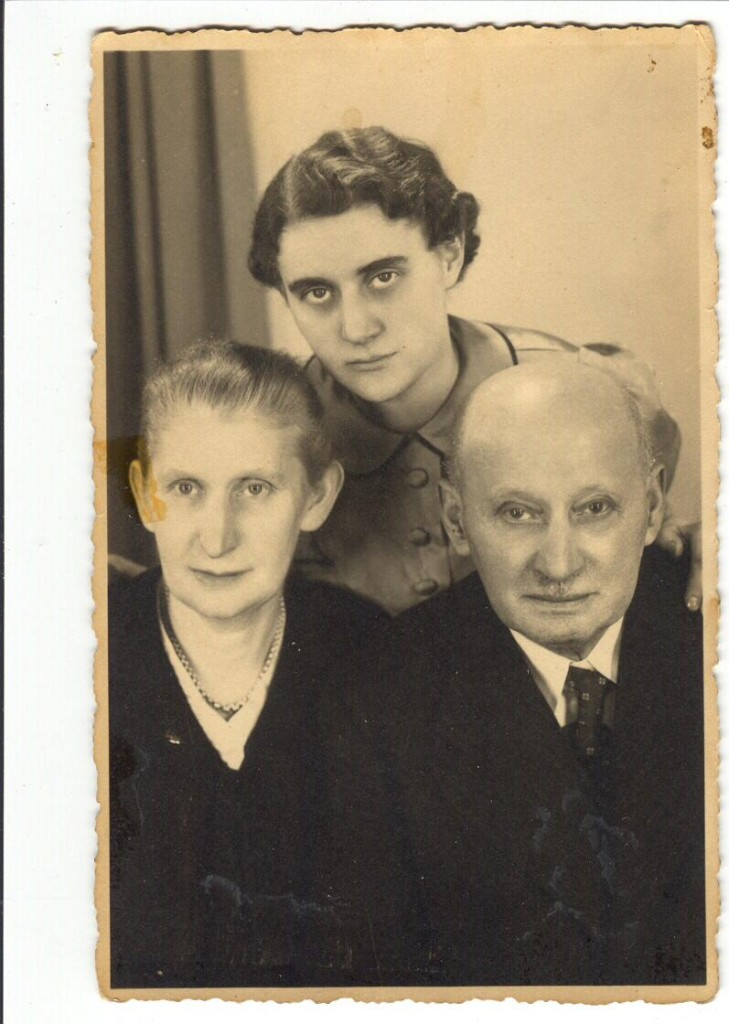 Wilhelm and Bertha Leschziner and daughter, Gerda--my paternal grandparents murdered in Treblinka.