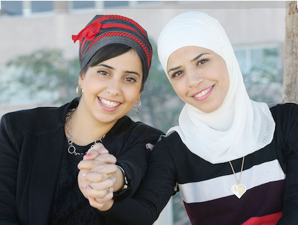 "Elinor (Jewish) and Salma (Muslim) become friends on the Israeli TV show ""Master Chef"" source: Mako"