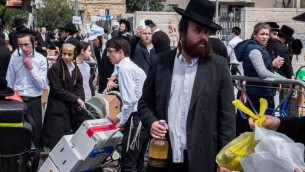 Pessah at Mea Shearim-9