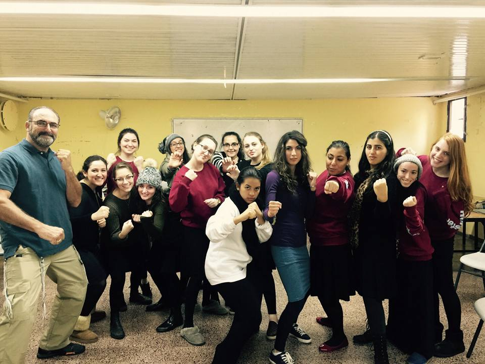 Seminary girls at Neve in Har Nof enjoyed a powerful session where their fear was transformed into courage and they tapped into their natural strengths for self defesne