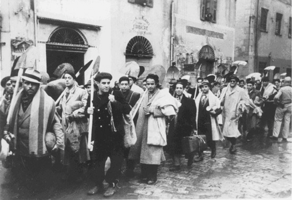 Tunisia, December 1942, Jews enlisted in forced labor by the Germans Courtesy of the Bundesarchiv
