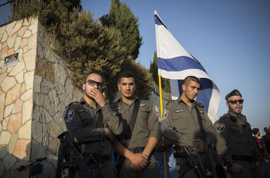 Soldiers attending the funeral of Alon Albert Govberg, who was killed in a terror attack in Jerusalem, Oct. 14, 2015. (Hadas Parush/Flash90)