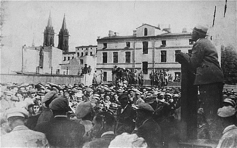 King Chaim speaks in the Lodz ghetto. Wikipedia.
