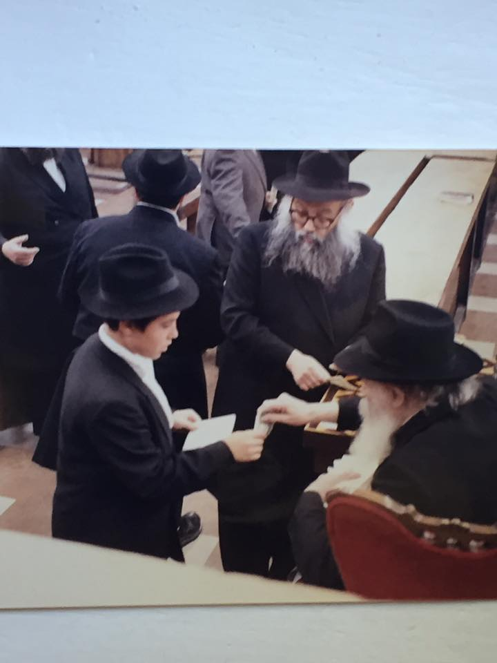 pic with rebbe