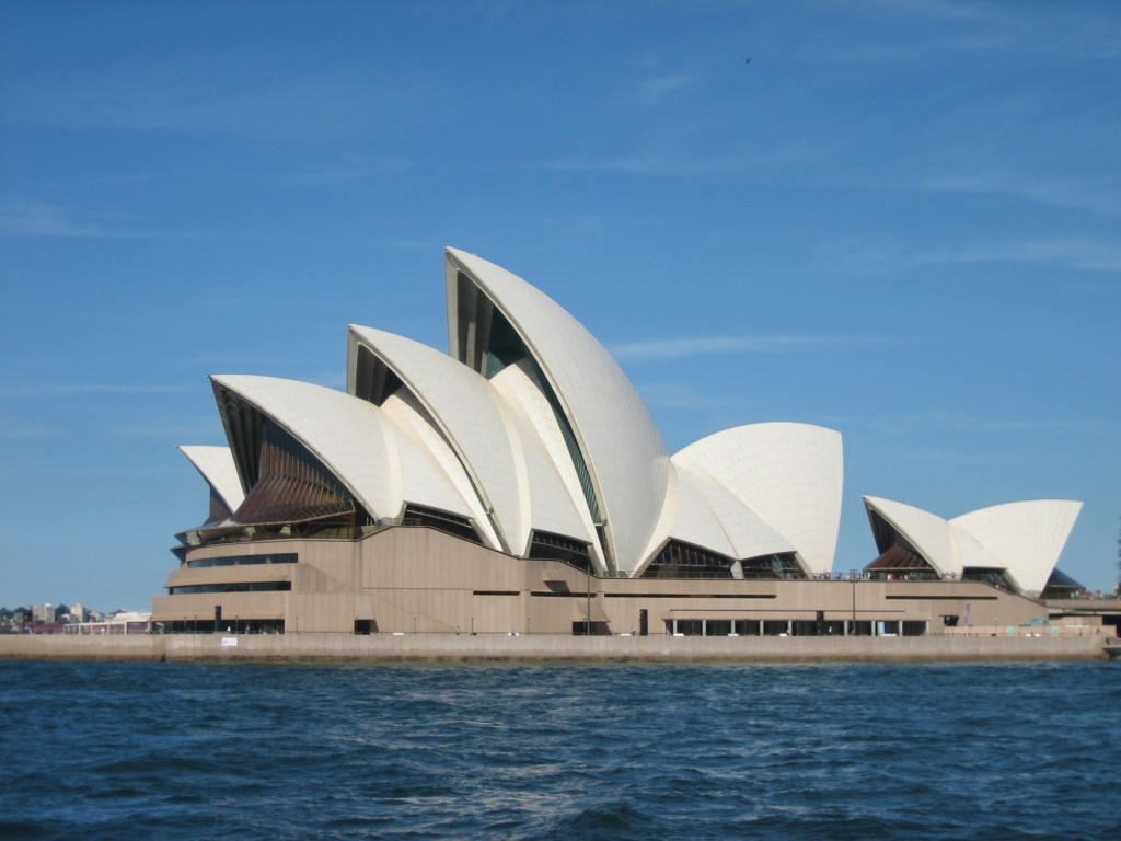 photo of Sydney Opera House, Sydney Australia