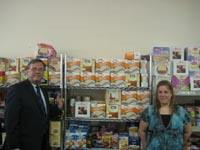 Project Eliezer's Gideon Bari and Ellen Warshall of the Greater Five Towns Kosher Food Pantry.
