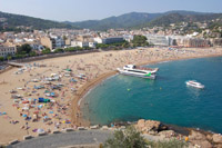 A budget hotel in Tossa de Mar, on the Spanish coast, was hot and noisy, at least for one couple