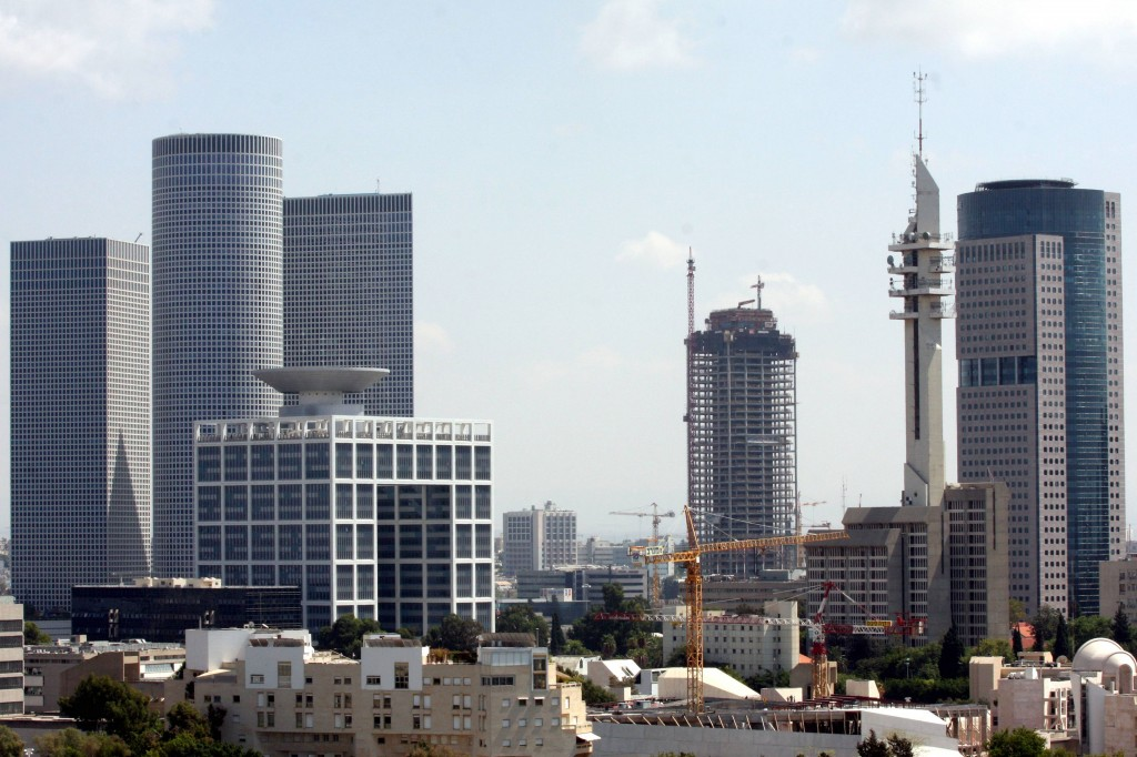 A garden suburb no more. A view of the Tel Aviv skyline (photo credit: Roni Schutzer/Flash90)