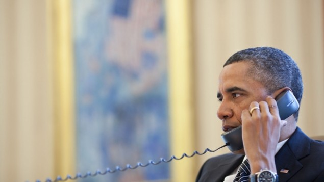 Obama talks to Netanyahu over the phone on Jan. 12 (Illustrative photo: White House / Peter Souza)