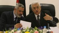 Hamas leader Khaled Meshal, left, with PA President Mahmoud Abbas.