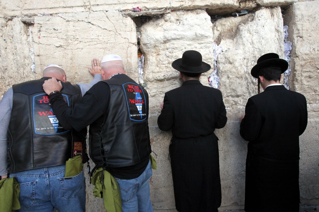 Evangelical bikers pray at the Western Wall in Jerusalem (photo credit: Yossi Zamir/Flash 90)