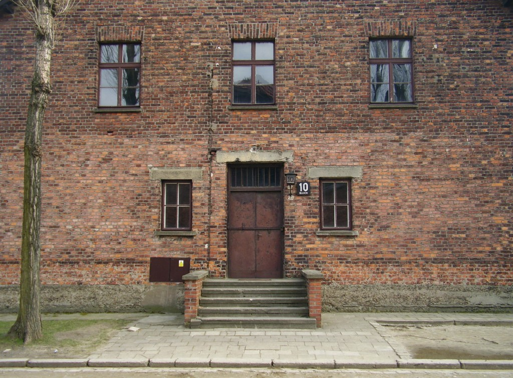 Auschwitz's Block 10, where Dr. Josef Mengele conducted medical experiments on the camp's inmates (photo credit: CC-BY-SA, VbCrLf, Wikimedia Commons)
