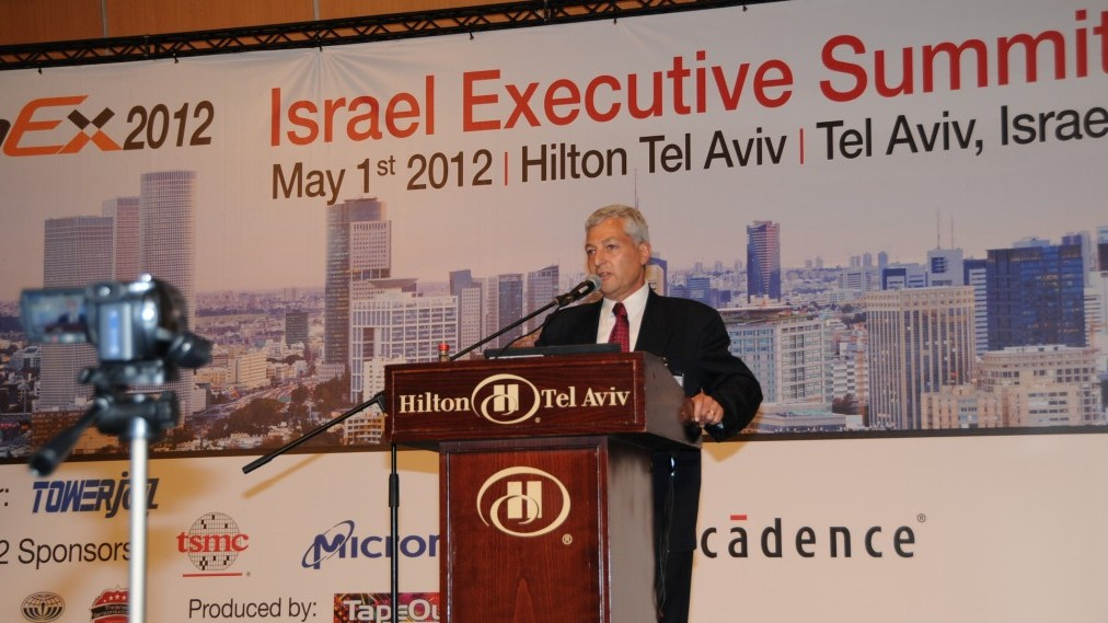 Shlomo Gradman speaks at ChipEx2012 (Photo credit: Courtesy)