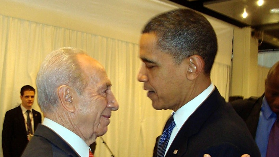 Shimon Peres, Left, and Barack Obama meeting in 2009. (photo credit: Yona Bar Tal/Flash90)