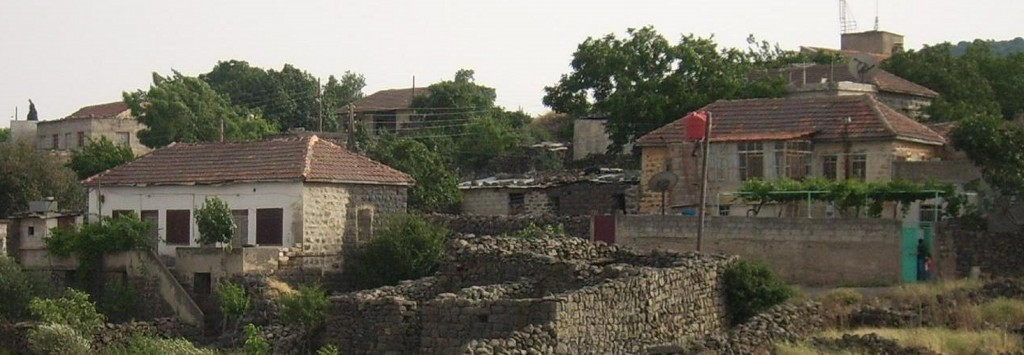 The town of Bir Ajam, next to Rawyahina on the Syrian border with Israel. (photo credit: Public Domain كهيعص, Wikimedia Commons)