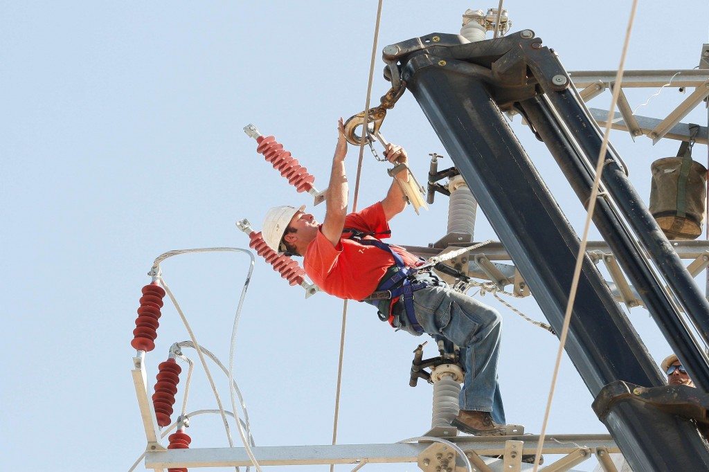 Israel Electric Corporation to stop giving free electricity to ...