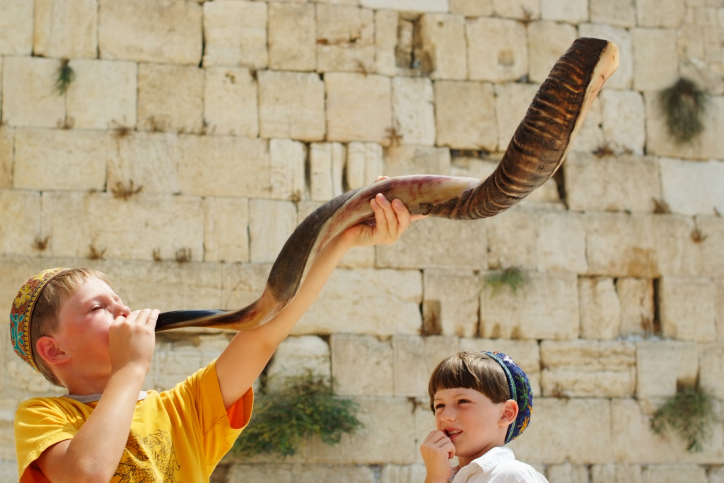 Global Jewish population grows by 88,000 over past year | The ...