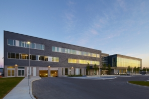 Toronto's new Jewish community campus will serve 80,000 Jews, up 33 percent from 2001. Shai Gil Photography