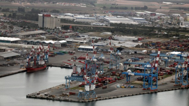 View of the Ashdod port, February, 2009. In September 2012 police and security services arrested a Gaza man for shipping steel through the port to Hama in the Gaza strip. (photo credit: Yossi Zamir/Flash90)
