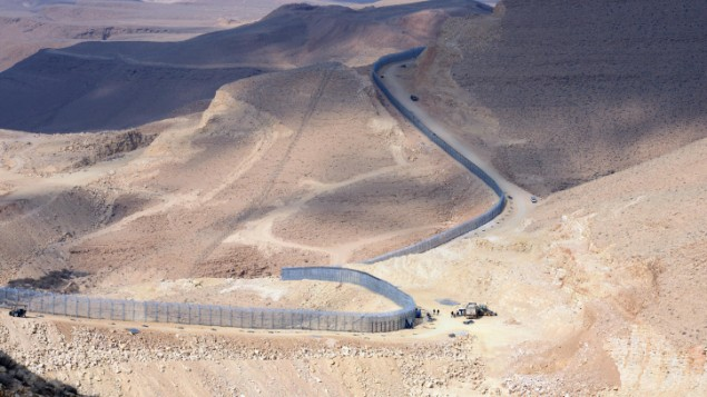 The newly erected border fence between Israel and Egypt, January 2012 (photo credit: Moshe Milner/GPO/Flash90)