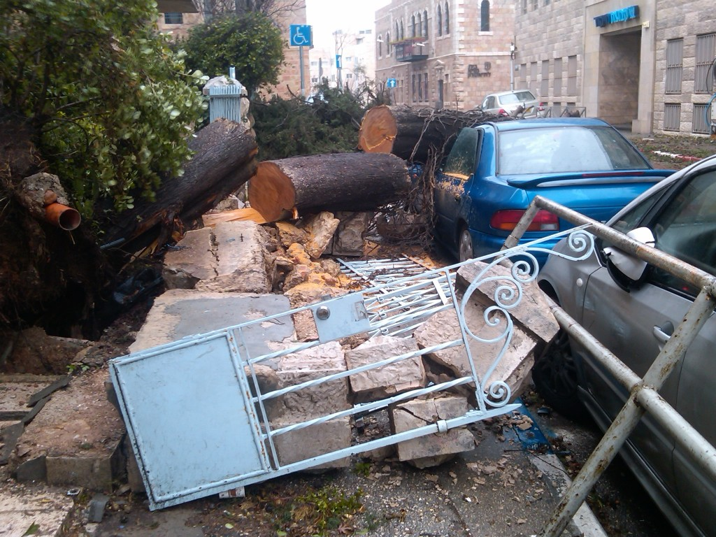 Nahlaot, Jerusalem, Monday (photo credit: Ilan Ben Zion/Times of Israel)