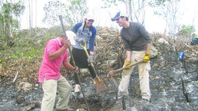 Rachel Sterman, center, who served as a volunteer at a Mayan village. Photo courtesy The Center for the Jewish Future