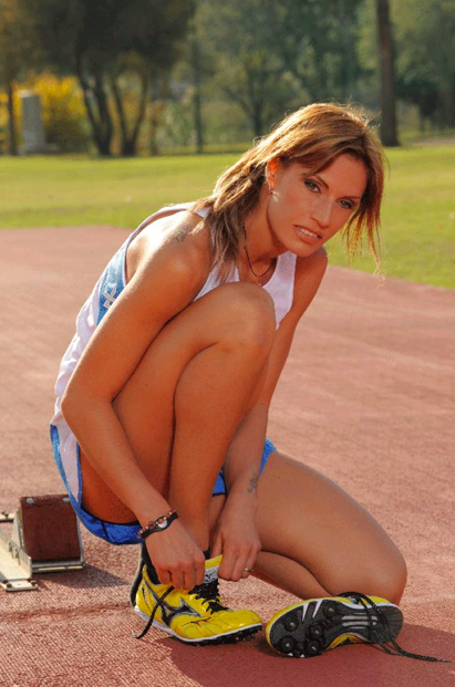 Annalisa Minetti: A blind Italian model, runner and singer. What's not to watch? (Courtesy Facebook)