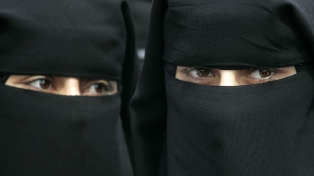 Burka-clad Palestinian women in Gaza (photo credit: Abed Rahim Khatib/Flash90)